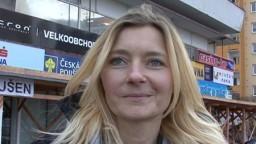 Czech Streets / Rychlý prachy 49 - blondýnka Jitka