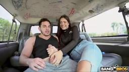 BangBus - první rande s Selene Sinclair