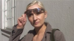 Czech Streets / Rychlý prachy 3 - blondýnka Monika