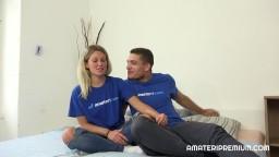 AmateriPremium - mladá blondýnky Nelly Livelly se udělá při sexu s přítelem