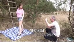 MyFirstPublic - E47 Sexy dívka Veronika a její první public sex