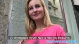 PublicAgent - sexy studentka si potřebuje vydělat rychlý prachy