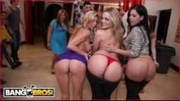 BangBross - erotický večírek na koleji s Alexis Texas a přáteli