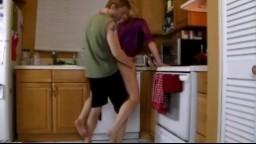 Šukání amatérů na kuchyňském koutu