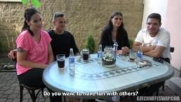 CzechWifeSwap 9 - dvě sexy brunetky v erotické výměně manželek