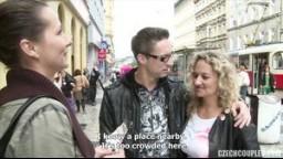 CzechCouples E07 - České páry z ulice - blonďatá MILF s kudrlinama