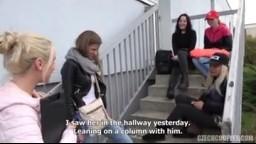 CzechCouples E35 - České páry z ulice - prcání mladé studentky Sarah Kay