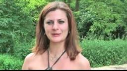 BitchStop E19 - stopující brunetka Michaela se nestyděla ukázat své poprsí