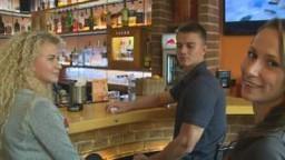 Czech Couples 8 - mladý český pár vyměnil pravou lásku za rychlý prachy