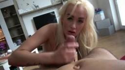 CzechAmateurs / Čeští Amatéři porno E118 - divoká kuřba v podání české sexbomby Daisy Lee